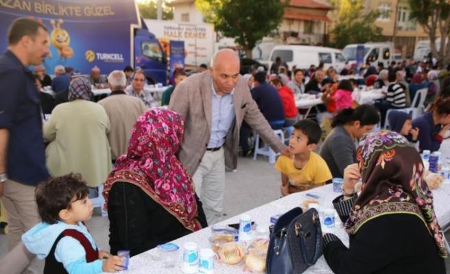 İlk İftar Sofrası Bugün Topucak Meydanı'nda Kurulacak