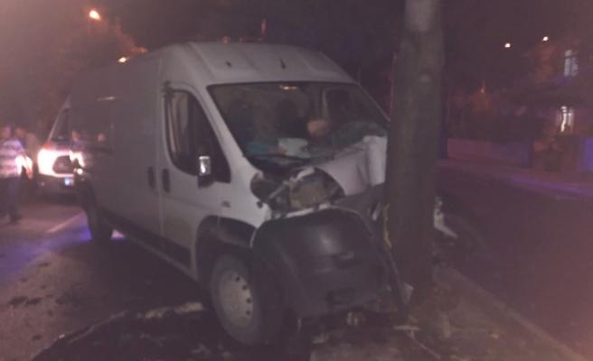 13 Yaşındaki Sürücünün Karıştığı Kazada 3 Kişi Yaralandı