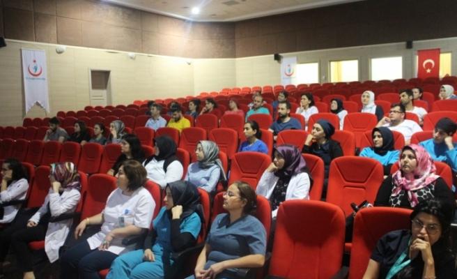 Karaman Devlet Hastanesi Sağlık Çalışanları Cpr Eğitimi