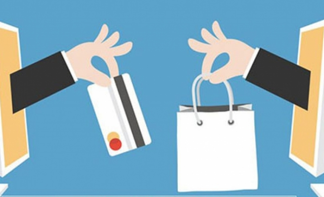 İnternet Üzerinden Alışveriş Yapanların %58'ini Kadınlar Oluşturuyor