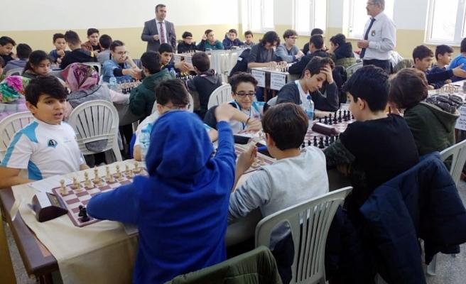 Okullararası Satranç İl Birinciliği Müsabakalarında 153 Sporcu Yarıştı