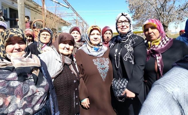 """Zehra Meral """"Kadınlarımız Gelecek Adına Plan Yapabilen ve Planlarını Hayata Geçirebilme Becerisi ve Gücüne Sahip Bireylerdir"""""""
