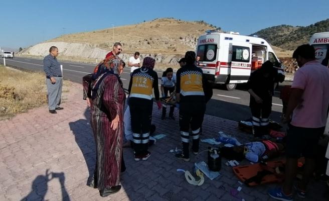 Konya'da Trafik Kazası:4 Yaralı
