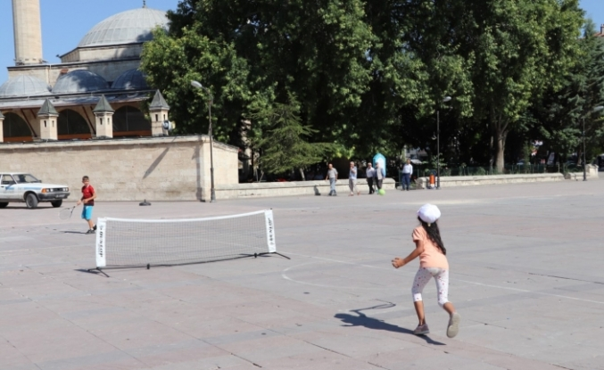 Meydanlarda Spor Yaparak Uyuşturucuya Hayır Dediler