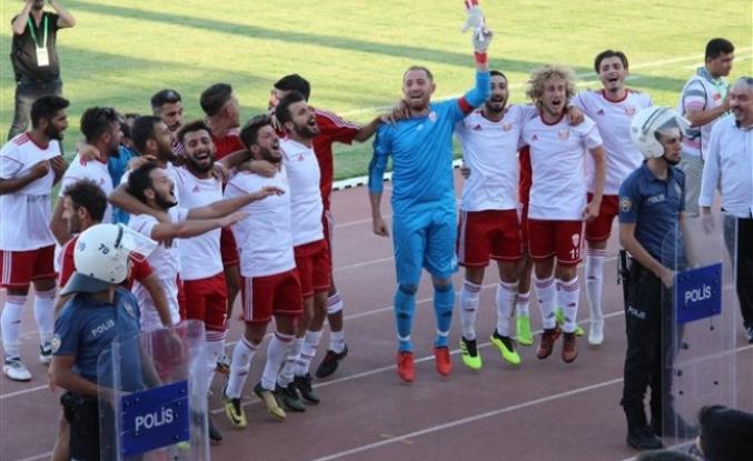 Karaman Belediyespor Üst Tura Çıktı